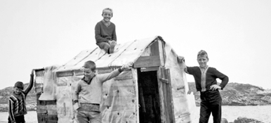 Fotograma de The Children of Fogo Island (1967)